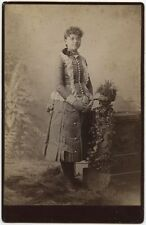 YOUNG LADY IN BEAUTIFUL DRESS W/ GLASSES BY OAKLEYS, RAVENNA, OHIO, CABINET CARD