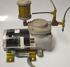 Thomas Model 107CE20-906 Vacuum Pump 115v USED