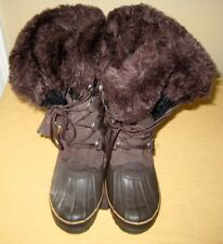 Womens Khombu winter boots size 7M Purchased new, worn once!! Faux fur lined