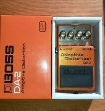 pedale guitare boss da 2 adaptive distorsion