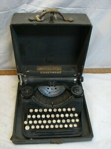 Vintage Underwood Portable 4 bank Typewriter with Case 1932 Steampunk