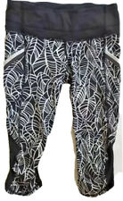 LULULEMON RUN A MARATHON CROP PANTS Pretty Palm Angel Wing Black size 4 EUC Yoga