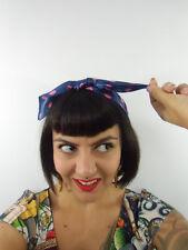 Foulard cheveux carré satiné 40% soie 60% polyester violet pois rose rétro pinup