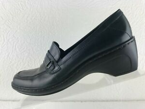 Clarks 79475 Womens Navy Leather Slip On Block Heel Loafer Size 7.5M