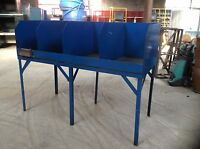WORK STATION TYPE BENCH WITH 4 COMPARTMENTS