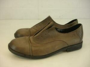 Womens sz 10 M Born Forato Taupe Leather Shoes Oxfords Cap Toe Lace-Less Slip-On