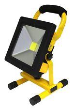 Nouveau compact portable 20W led travail lumière sans fil IP65 rechargeable lampe à main