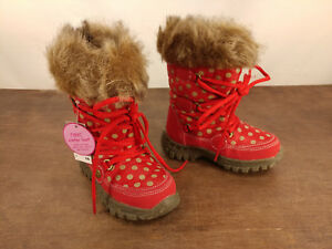 New w/ Tags Girls Next Winter Snow Boots Size 2.5 Red Gold Polka Dot Faux Fur