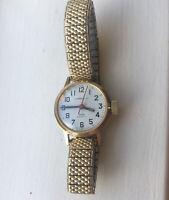 Vintage Caravelle Goldtone Water Resistant Ladies Watch Speidel USA Stretch Band