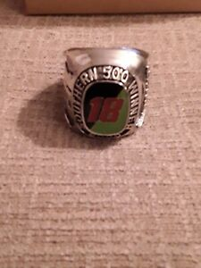 2000 BOBBY LABONTE INTERSTATE BATTERIES RACING CHAMPIONSHIP PAPERWEIGHT RING