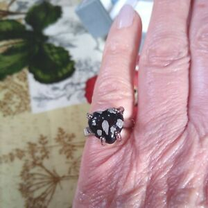 Decco faux CrystalSnowflake obsidian silvertone heart Ring Size K New with tags