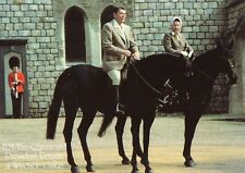 H.M. QUEEN & PRESIDENT RONALD REAGAN ON HORSE BACK AT WINDSOR LARGE POSTCARD