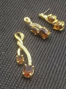 Topaz Necklace Pendant And Earrings Gold Tone