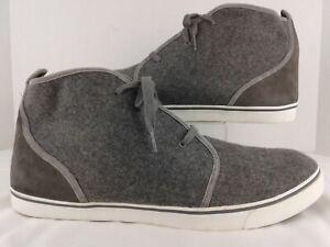 Mens Size 16 UGG Australia Chukka Boots Casual Shoe Gray Flannel.  Very Nice