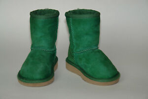 Unisex UGG Australia Emerald Green Classic Boots Size 6 Toddler Hard to Find