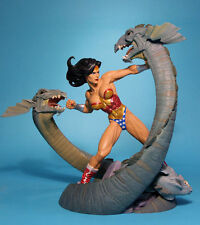 Wonder Woman vs. Hydra Statue  (Full Size)  --  [DC Direct]