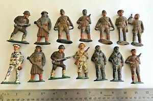 14 Vintage BARCLAY MANOIL Cast Metal Soldiers, Original Condition
