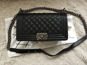 Chanel Boy Bag Tasche medium glattes Kaviar