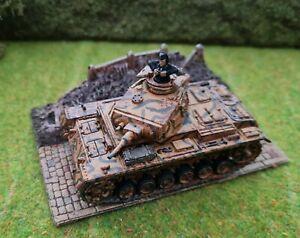 1/72 /1.76 WW2 German Panzer III Tank. Plastic Assembled and Painted