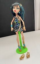 "Monster High 11"" Doll Cleo De Nile Egypt Scaris City Of Frights Xtra Shoes"