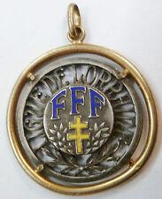 Insigne FOOTBALL 1960 pendentif FFF LIGUE DE LORRAINE émail gravé attribué