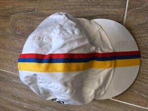 Rapha Rey de las Montanas Columbian tribute set - CAP
