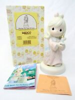Precious Moments Figurine Christmas 272531 Sharing The Light Of Love
