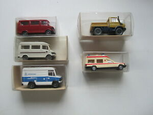 5 Wiking Vehicles in 1:87 scale.