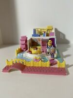 Grandma's Cottage Polly Pocket Pollyville Bluebird 1994 Vintage COMPLETE