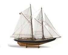 Modellbausätze aus Holz im Maßstab 1:100