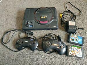 Sega Mega Drive HAA-2510 Japanese Console plus games 2 Controllers Sonic 2
