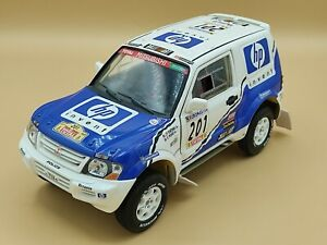 1/18 Mitsubishi Pajero Rallye Raid Paris Dakar 2001 Solido ref: 9022 No Box
