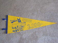 "Robin Yount 3,000 hits commemorative pennant- Robin was the Brewers ""batman"""