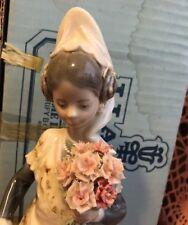 Lladro 1304 Valencia Girl with Flowers See Description!Original Blue Box! L@@k