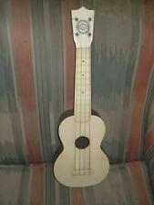 Vintage FIN-DER ukulele bakelite plastic uke Nice Shape No Cracks