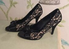 New Look Cream & Black Floral Lace Heels with Satin Bow (size 4)