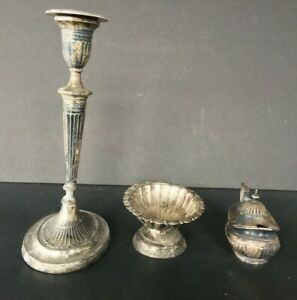 3 ANTIQUE GEORGIAN STERLING SILVER TABLE TOP ITEMS