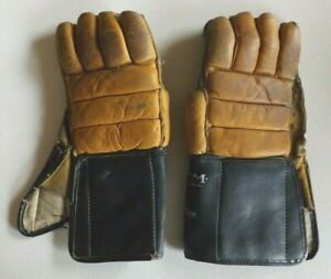 Vtg Leather CCM Champion 1302 Hockey Gloves Pro-Gard Thumb Made in Canada