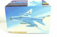 "Master Hobby kits   Su-17M3 ""Afghanistan War"" Strike Attack Jet   Bausatz 1:72"