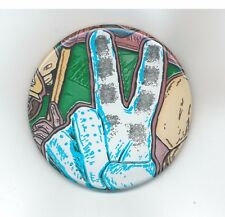 """PEACE SIGN, PINBACK BUTTON 2 1/4"""" NEW"""
