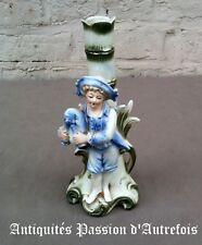 B20171051 - Figurine , vase soliflore en biscuit de porcelaine - 19,5 cm de haut
