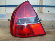 Rückleuchte links Mitsubishi Carisma Bj.02 Facelift, Original, mit Lampenträger