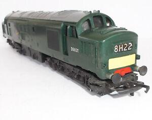 Triang Hornby OO - Class 37 diesel - D6830 - BR green - VGC