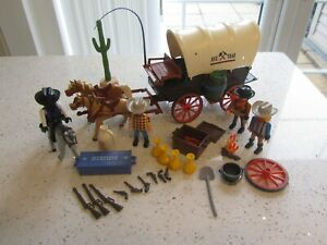PLAYMOBIL COVERED WAGON WESTERN WITH FIGURES & ACCESSORIES