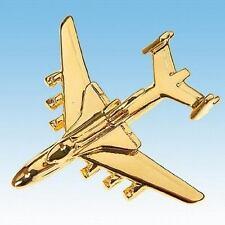 Pin's Antonov 225 avec la Navette Spatiale Buran doré à l'or fin 22K