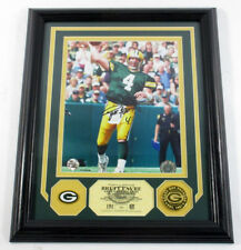 Brett Favre Signed Photo Display Pin Coin Highland Mint Framed Auto DF025158
