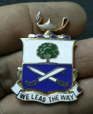 USA UK **WE LEAD THE WAY** BADGE WITH LAMP