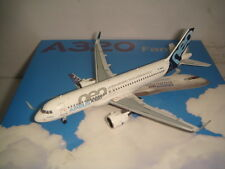 "Airbus Industries A320-200 Neo ""Unbeatable Fuel Efficiency Logo "" 1:400"