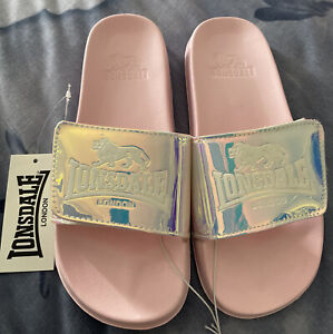 Lonsdale Leia Slide - Pink Size Youth Size AU6 UK6 US8 EUR39