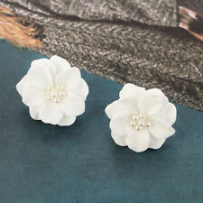 1 Pair New Fashion Big White Flower Pearl Stud Earrings Allergy Free Women Girls